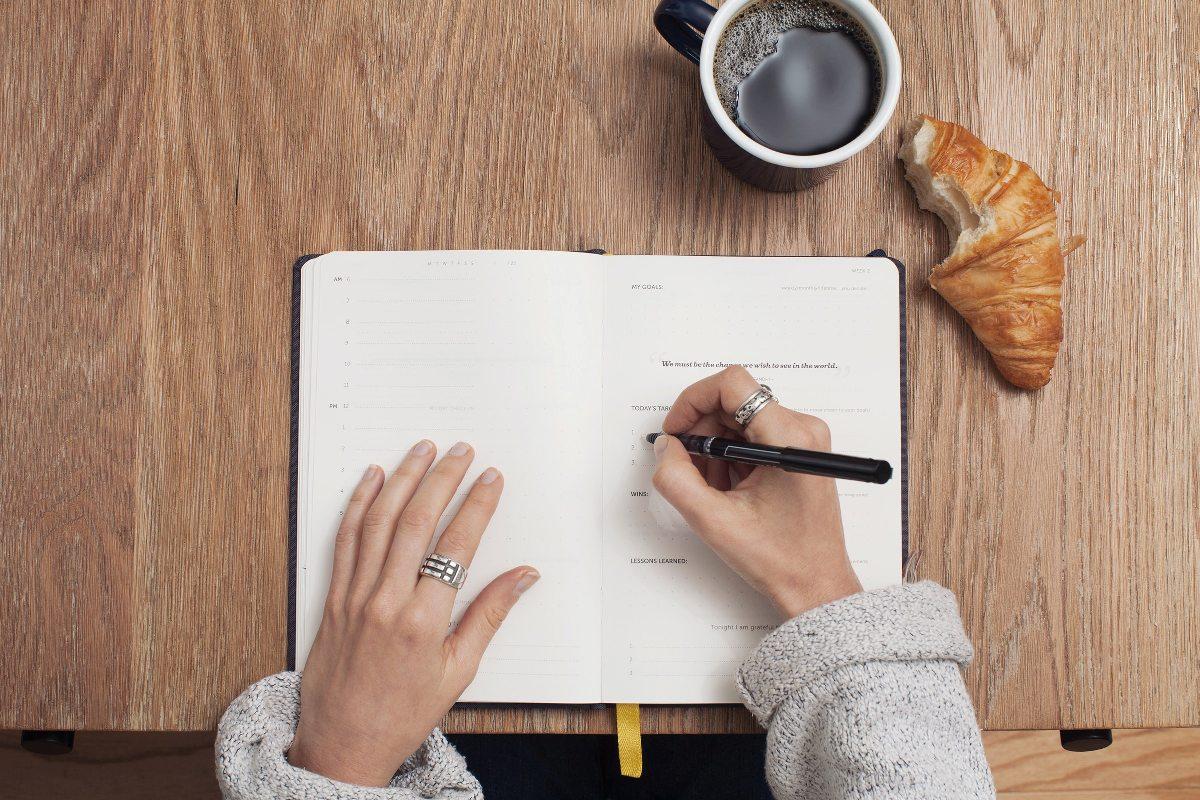 jago bahasa inggris dengan menulis setiap hari