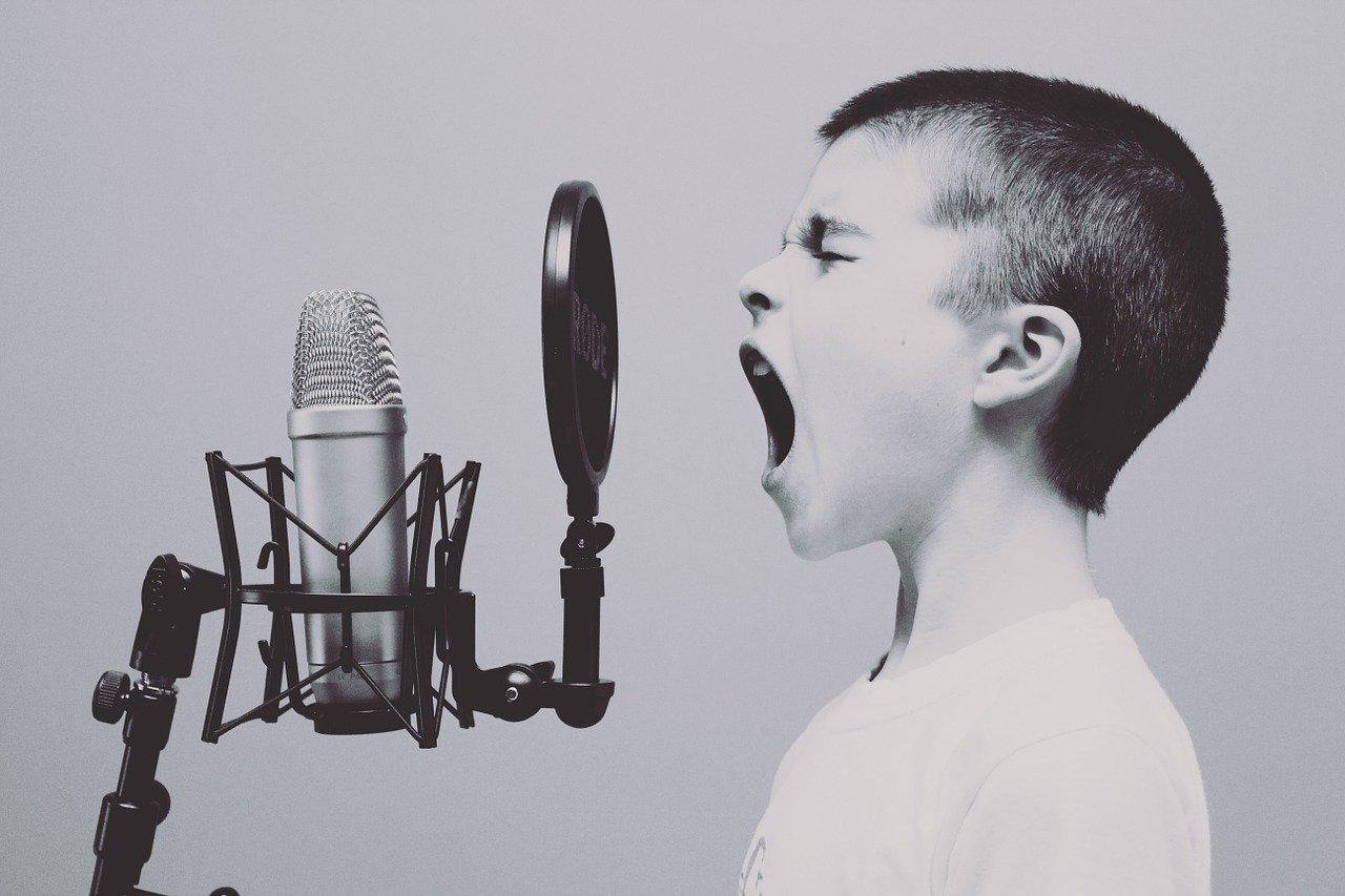 anak berani berbicara