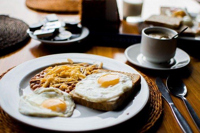 sarapan pagi hari