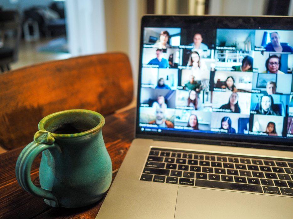 belajar online bisa mendapatkan teman dari indonesia atau dunia